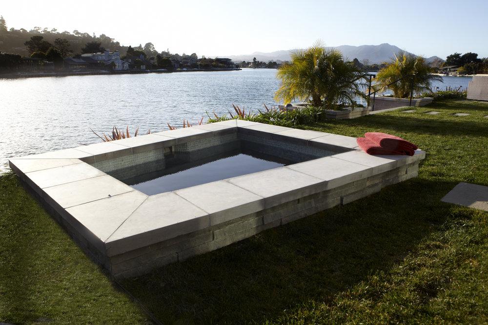 hot tub 4x6.jpg