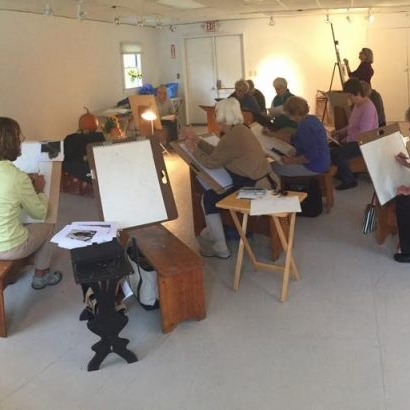 Learning Opportunities - We offer a variety of both weekly and series classes. Class topics range from painting to drawing to printing to life-drawing. Find out more by clicking the button below.