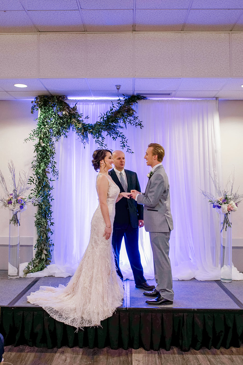 Royal Cliff officiant included in your wedding package | Photo by Rachel Graff Photography