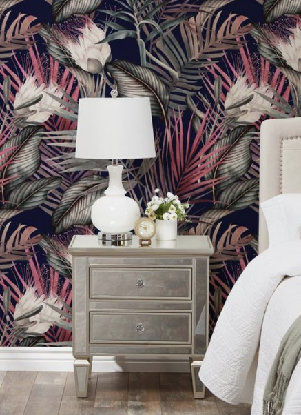 IN: Floral Fabrics and Wallpapers - According to Erin Gates Design, the traditionell beauty of floral pattterns will bloom in the year 2019, wether its straight up chintz or abstracted.