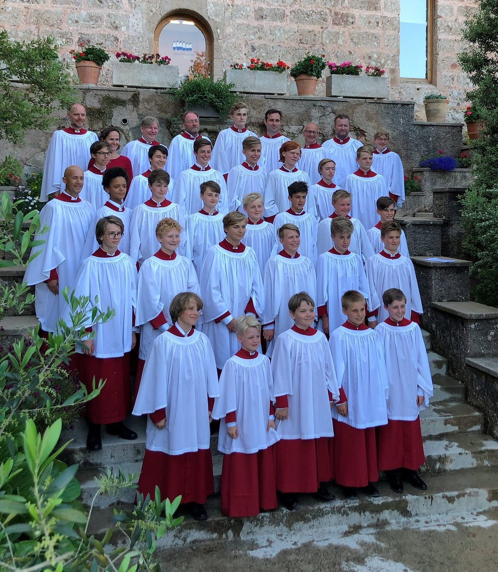 - Oslo Cathedral Boys' Choir was founded by Terje Kvam and Carl Høgset in 1985, based on the English boys' choir ideal where all the boys sing soprano. The choir has recorded its own CDs and performed on television in various contexts – including TV2's God Morgen Norge on Christmas Eve in 2009, 2010 and 2011. They have also completed assignments for The Norwegian National Opera and Ballet and the Oslo Philharmonic. Oslo Cathedral Boys' Choir is currently led by David Maiwald who rehearses the opera with the choir.Photo: Maj-Christel Skramstad