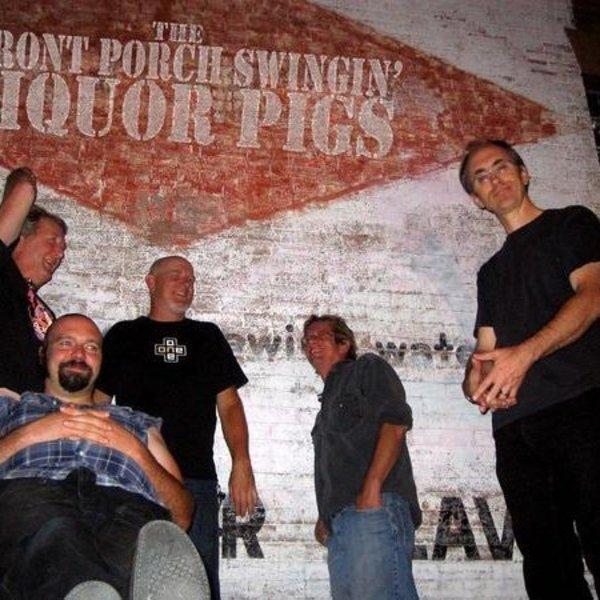FRONT PORCH SWINGIN' LIQUOR PIGS