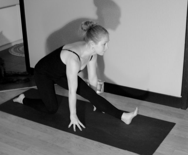 yoga poses-half splits