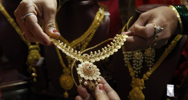 india-gold-jewelry-e1517155203678-620x330.jpg