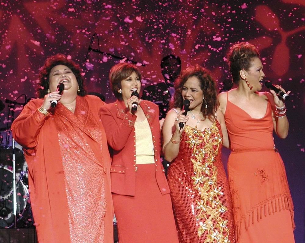 Local-Divas-Christmas-Concert.jpg