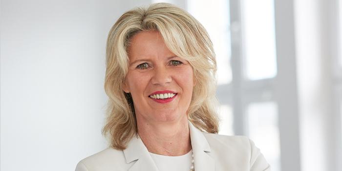 Schirmherrin des Starters Summit ist die Rektorin und Geschäftsführerin der Fachhochschule des Mittelstands  Prof. Dr. Anne Dreier .