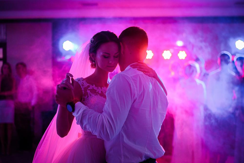 wedding_138205915.png
