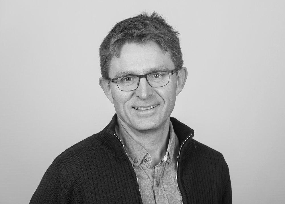 Jonny Melting  Landbruk  +47 980 66 801  jonny@steinkjer-regnskap.no