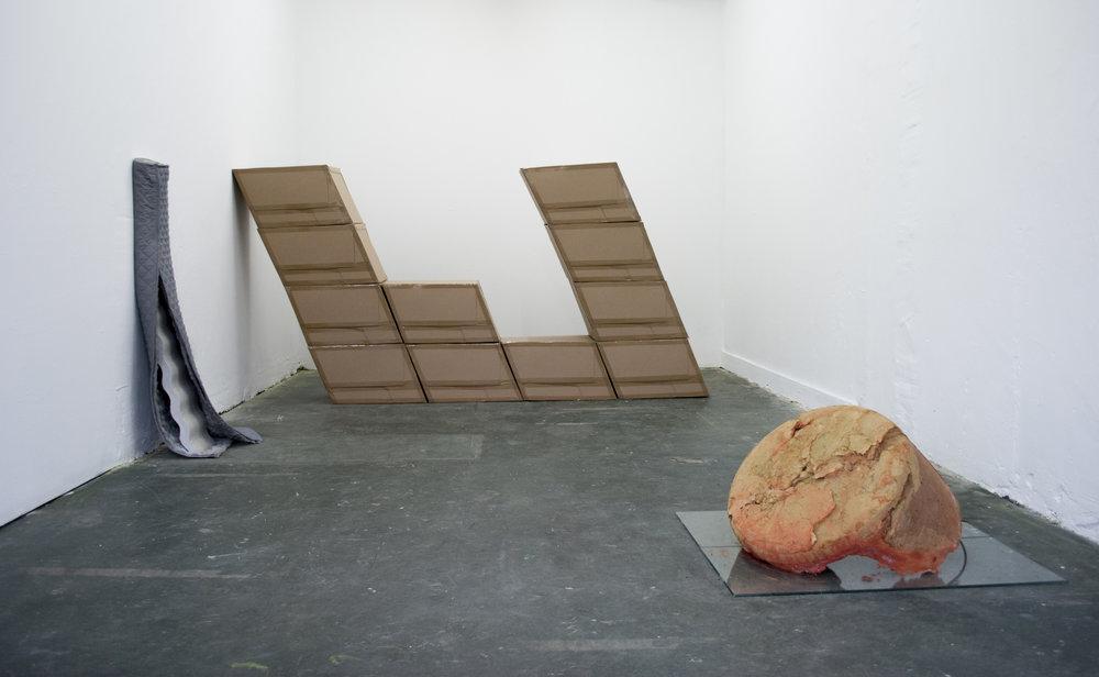 Object on right: Olga Micińska.