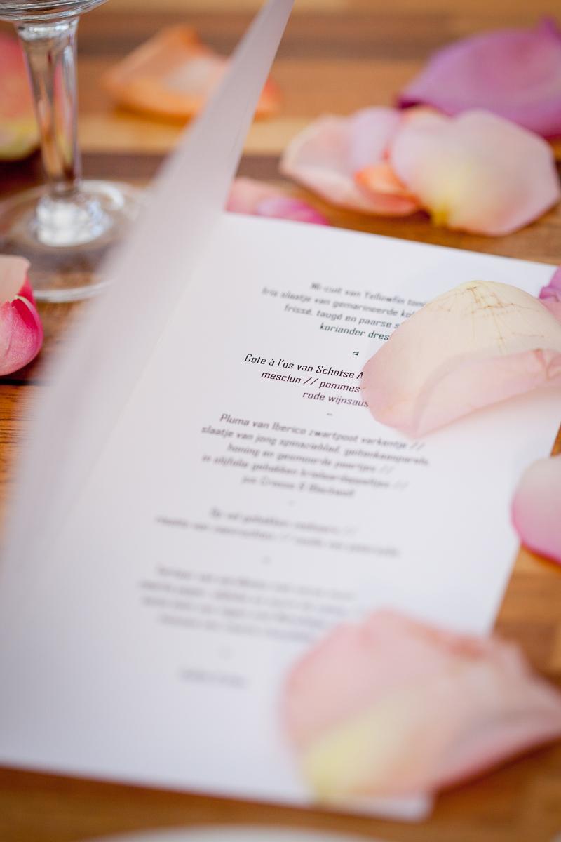 lj-trouw-trouwfotografie-geert-peeters-wedding-photography-beveren-wedding-verbeke-foundation-20.jpg