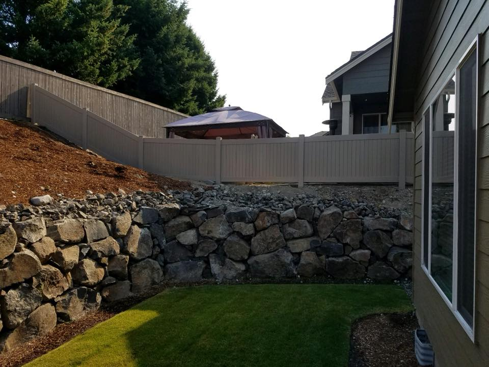Eagle Fence Store NCW Clay 2.jpg