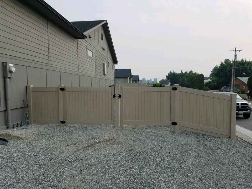 Eagle Fence Store NCW Clay 5.jpg