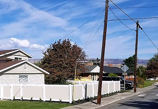 Eagle Fence Store NCW Tan & White 1.jpg