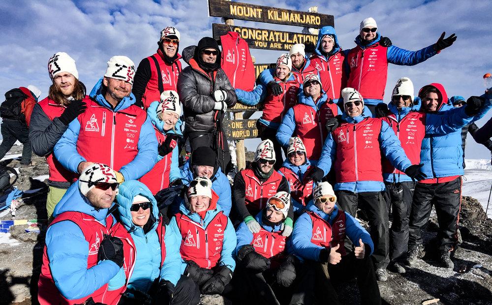 Gruppbild_Kilimanjaro_2016.jpg