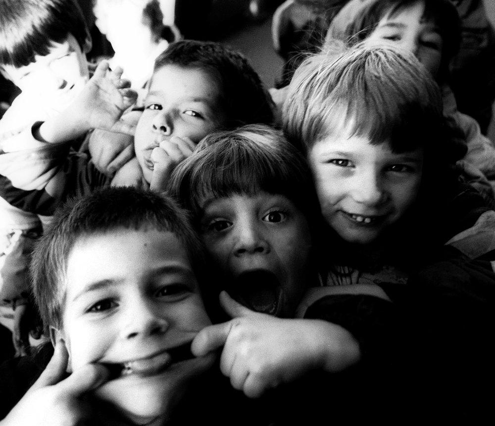 eiffel tower kids 1_0011.JPG