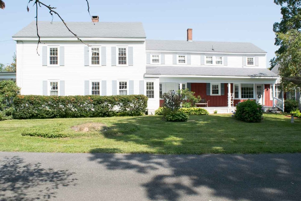 Historic Colonial Exterior | Western Mass Historic Colonial | 1847 Historic Home Exterior