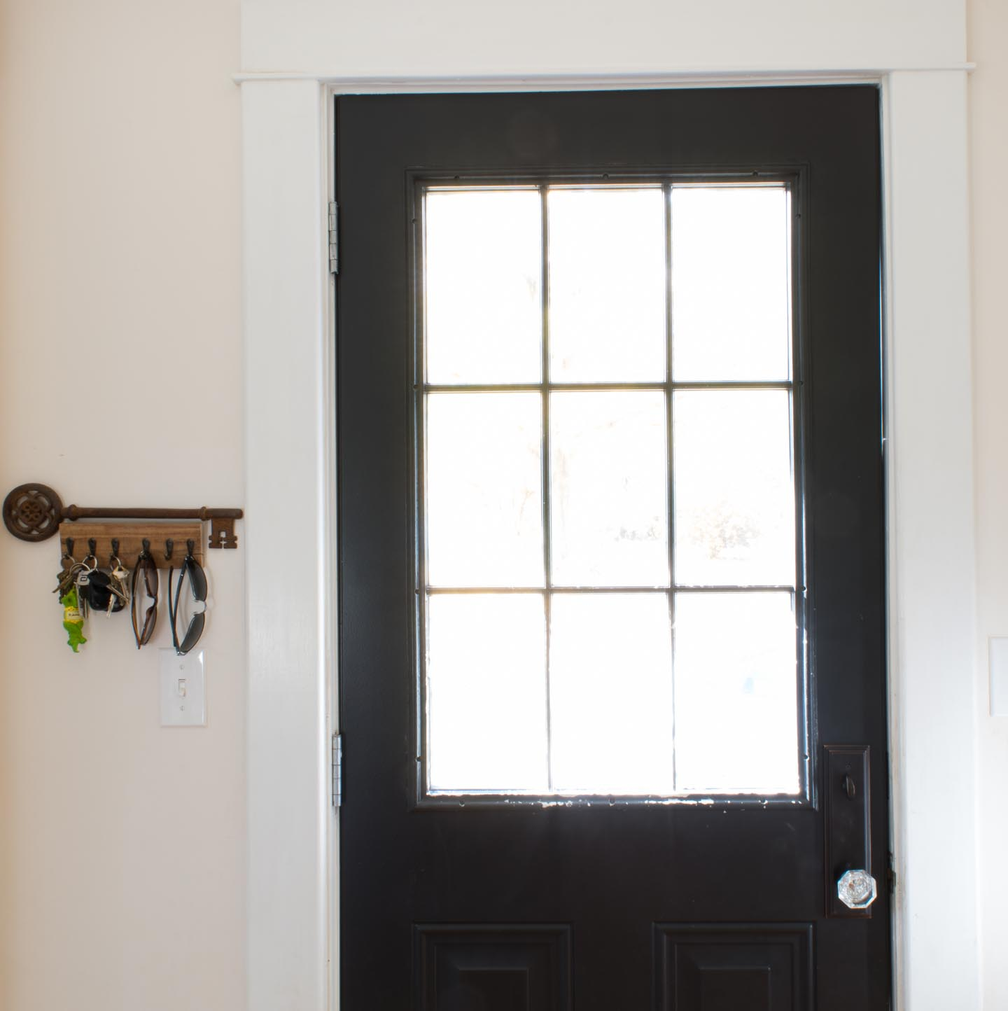 entry keyhook and front door