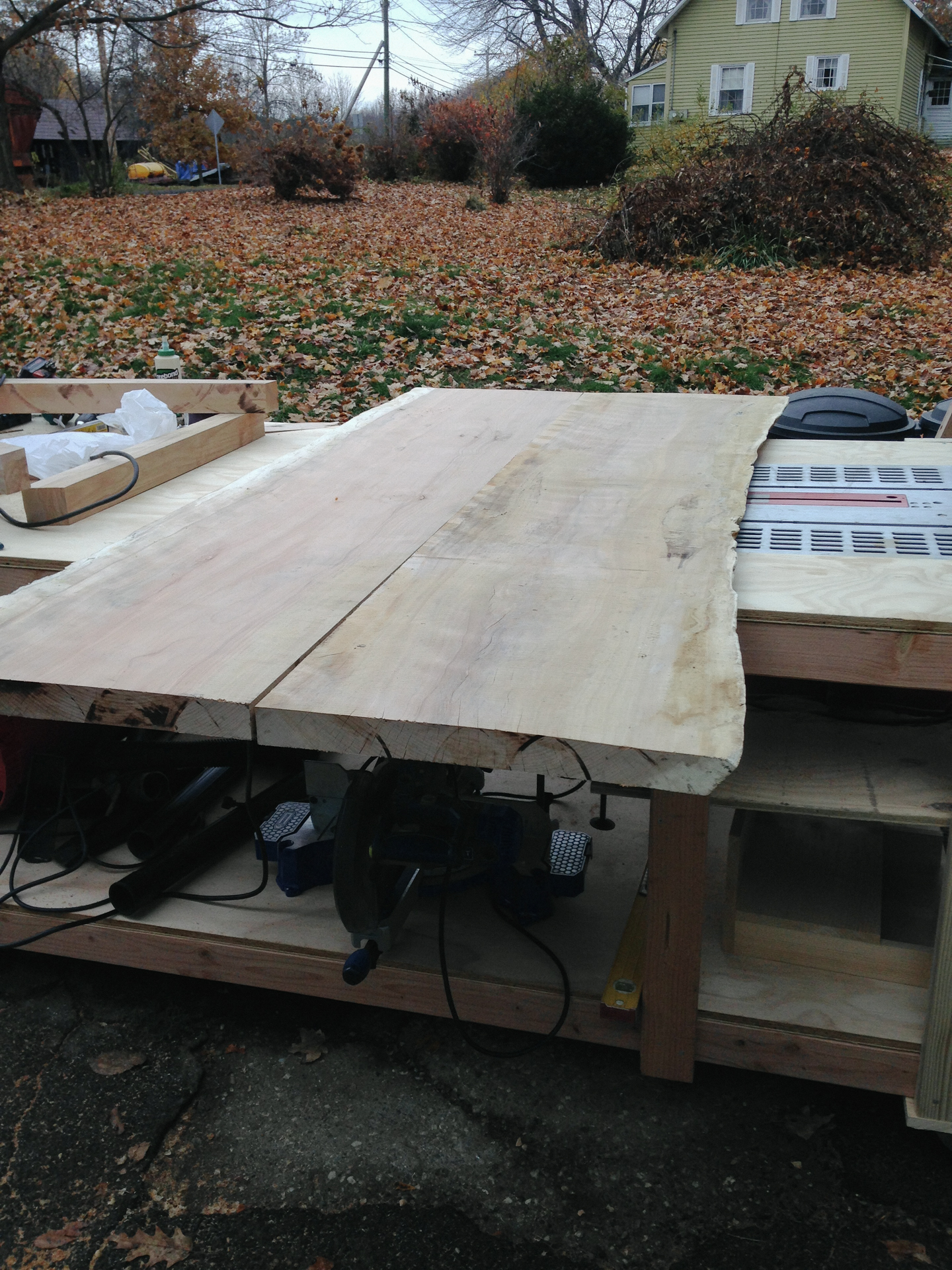 live edge table being made