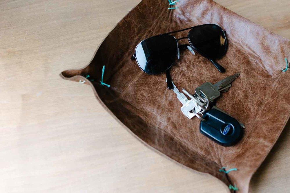 Leather-Tray-DIY-23.jpg
