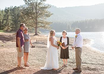 Wedding vows at Pactola Lake