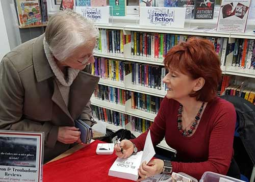 Ali-Carter-Author-Signing