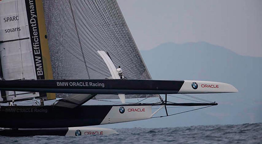 BMW Oracle 90 Foot Trimaran