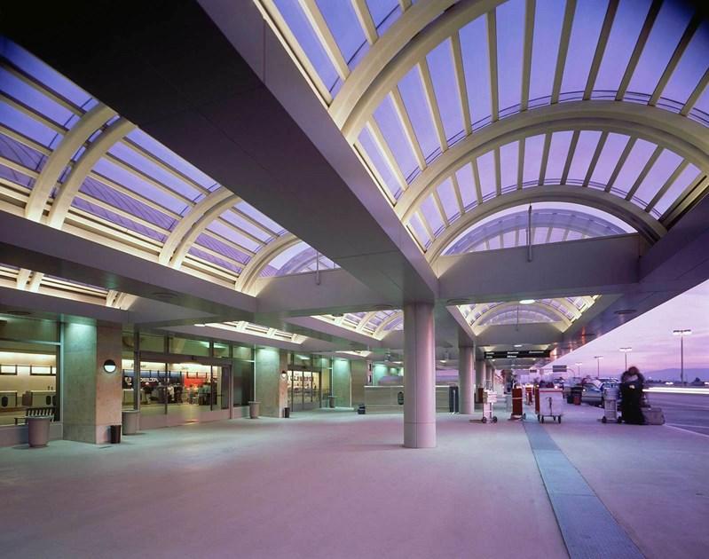 JOHN WAYNE AIRPORT (SNA) -