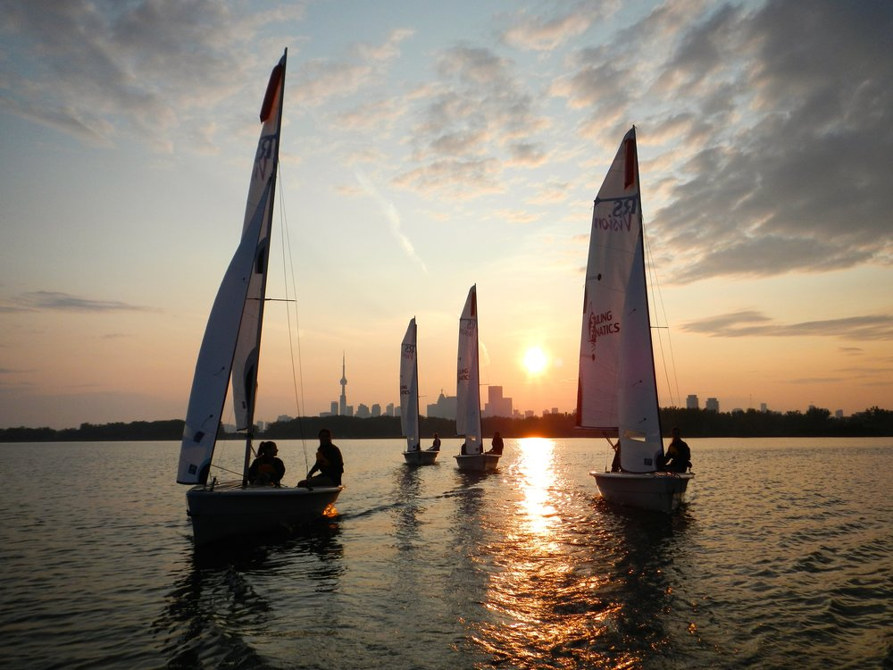 Sunset sailing learn to sail Toronto