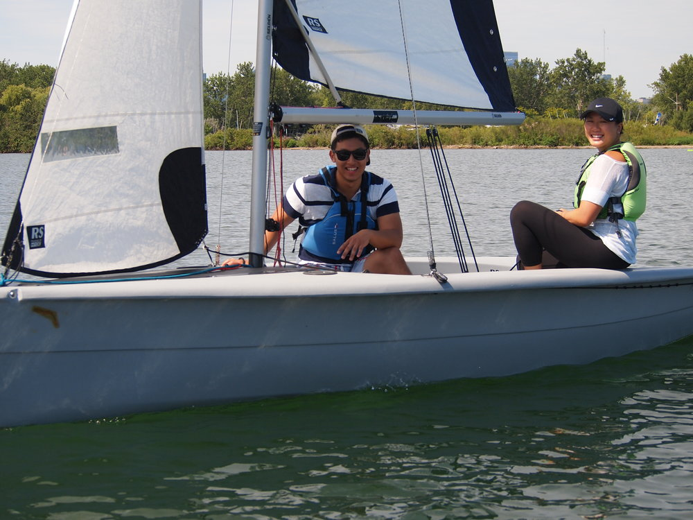 Learn to sail classes at Sailing Fanatics sailing school Toronto