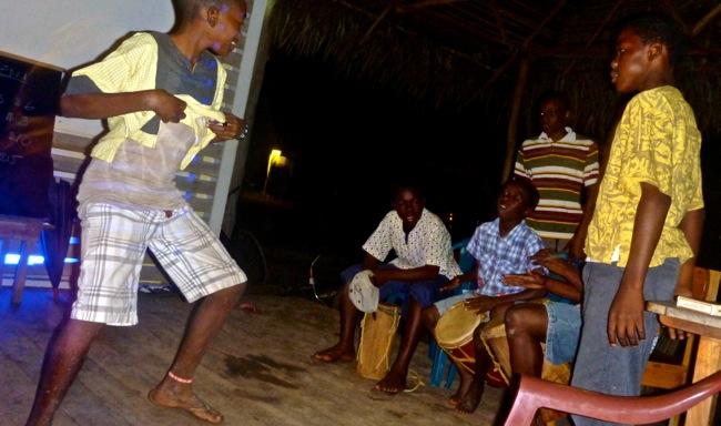 garifuna drumming 2