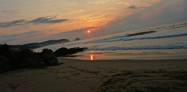 zipolite sunrise