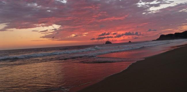 zipolite sunset pink