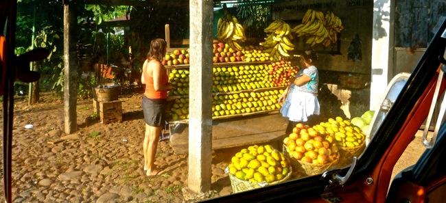guatemala fruit stand