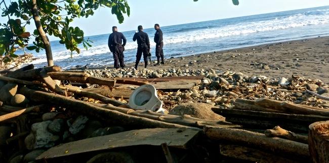 polica on the beach