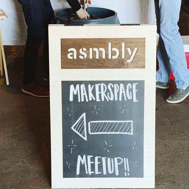 We had another awesome turnout at Asmbly meetup # 2, and we're excited about bringing this community together. Thanks to everyone who made it! If you like the idea of a large, nonprofit community makerspace in Austin, please take a sec to fill out our 3-question survey on important issues like where Asmbly will be located and what disciplines you'd like to see there 😁 - link in profile 👆