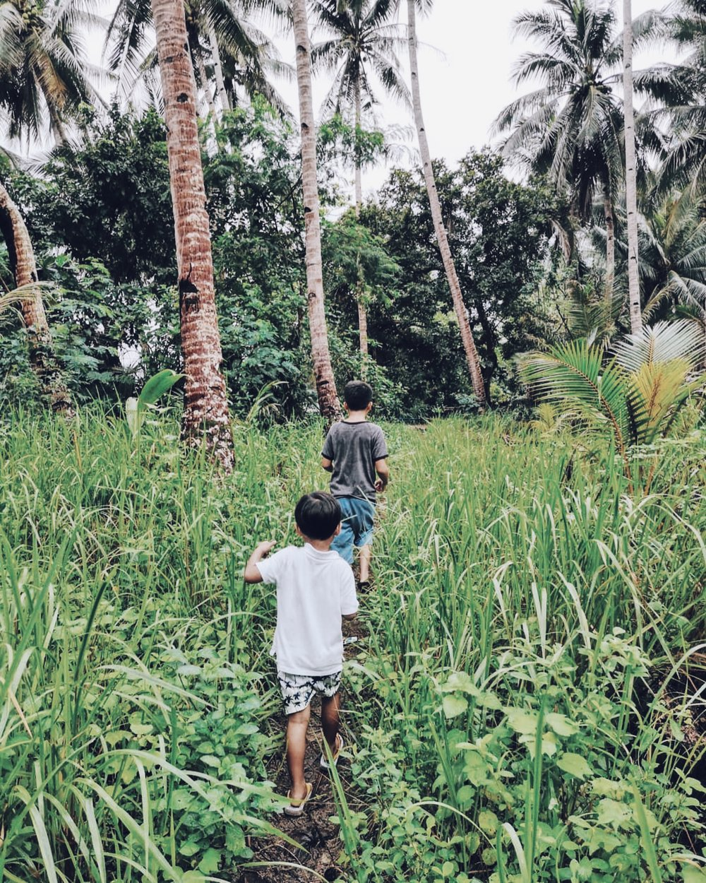 Unschooling on the Islands - By Monica Manzano