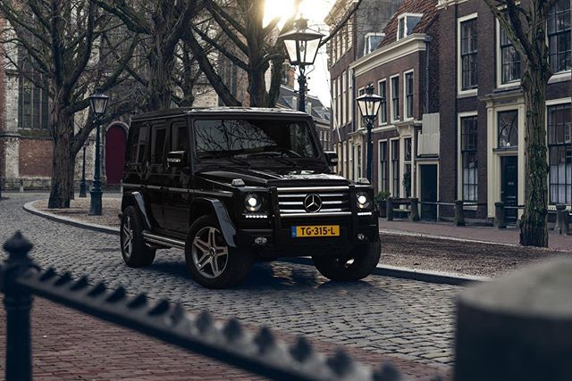 The Mercedes-Benz G500 Lang is an icon and unique in every way. for @hoogselections @mercedesbenz_nl @mercedesbenz @mercedesbenzgwagen @mercedesbenzusa @mercedesbenz_belgium #mercedesbenz #mercedesbenzg #gclass #g #gklasse #gelandewagen #geländewagen #strongerthantime #gtime #nbd #mercedes #mercedesg #brabus #brabusg500 #brabuspower #stuttgart #mercedeslife #mercedeslove #gclass #amg