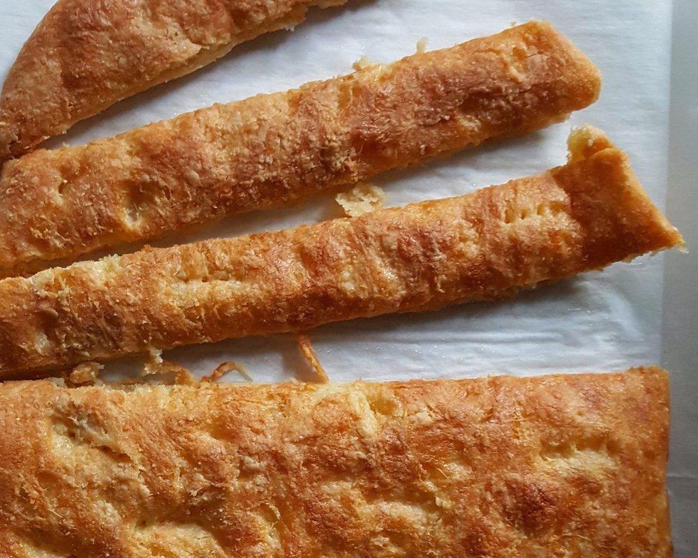 - cheesy bread