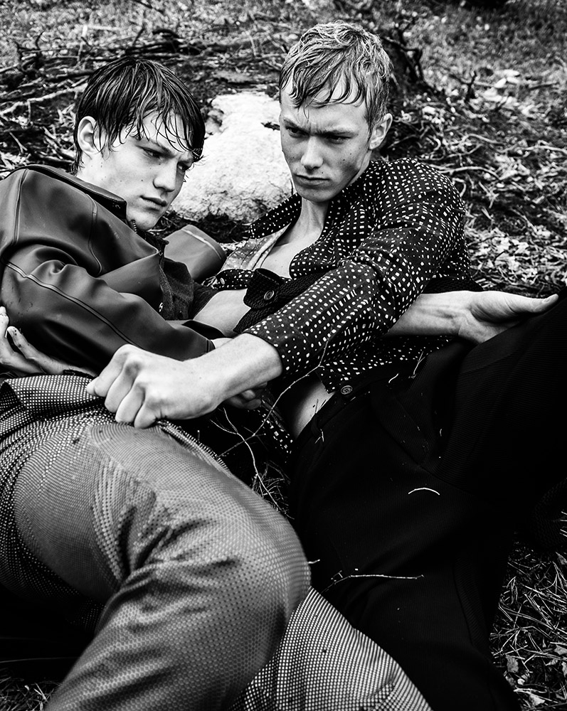 """""""Boys in the woods"""" for 160g Magazine"""