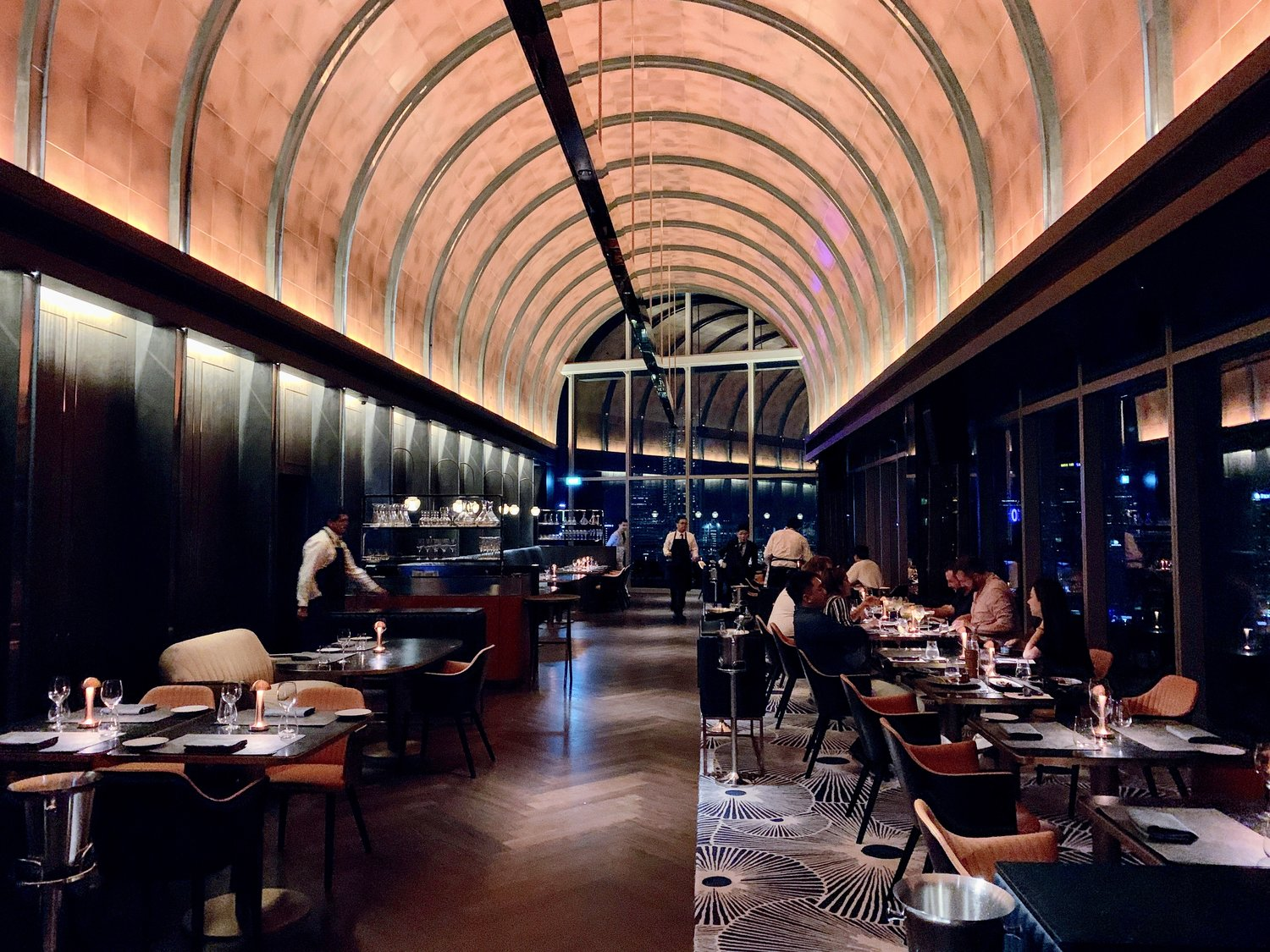 VUE Skybar & Grill: Rooftop Bar and Restaurant at OUE Singapore — HEY DEETS