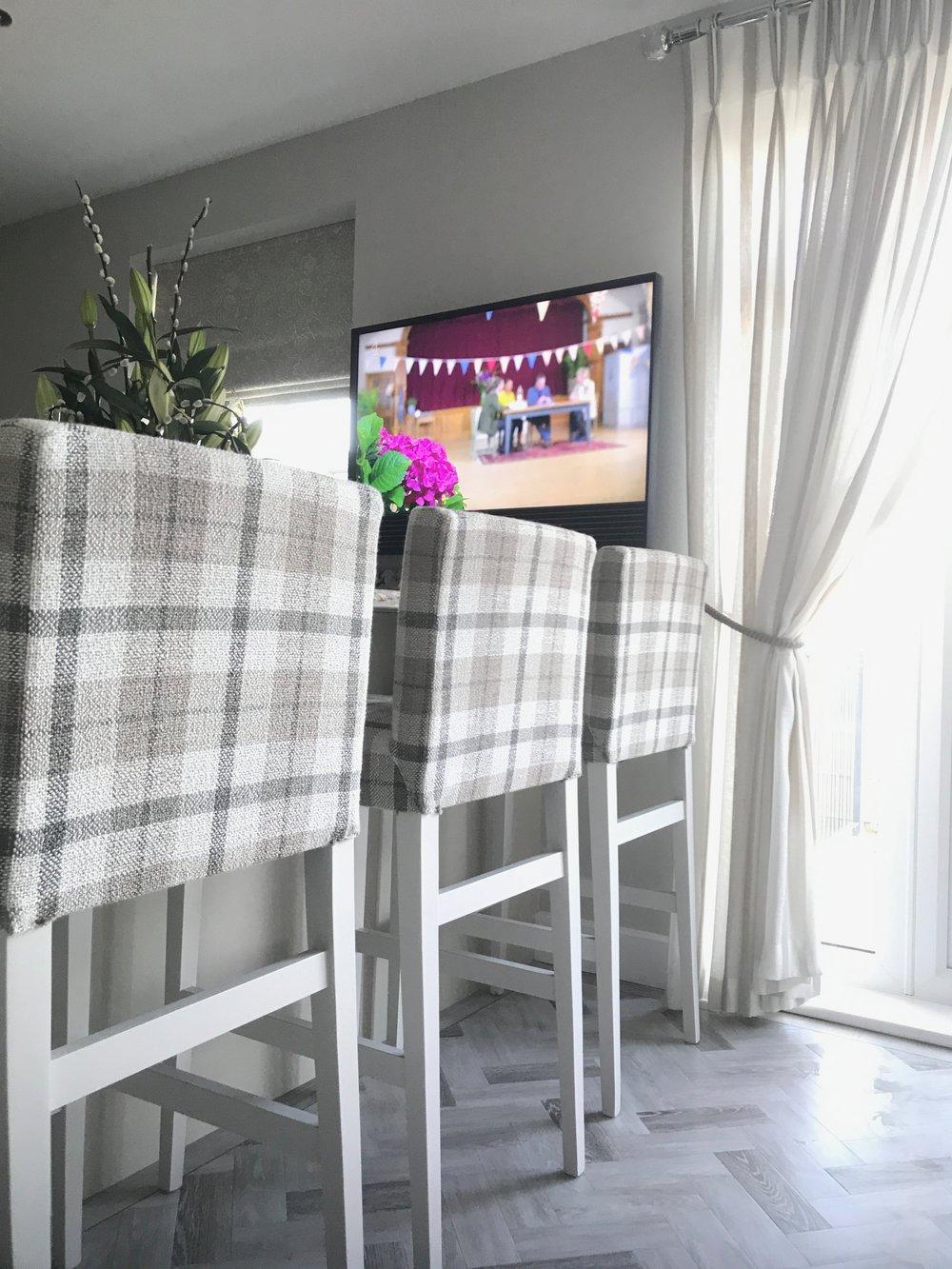 BESPOKE UPHOLSTERED FURNITURE   Individual pieces of upholstered furniture in any size, style or shape