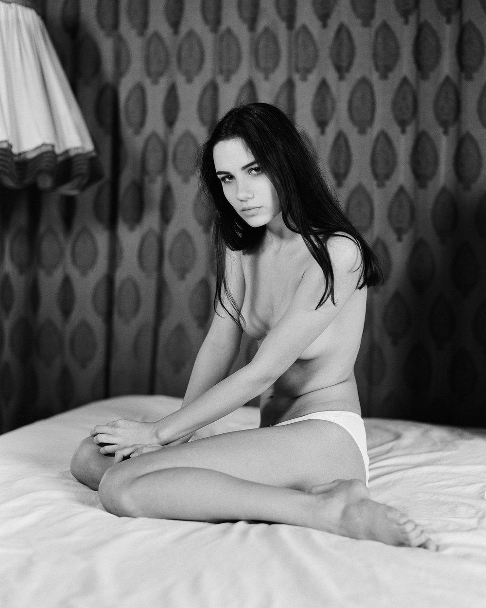 Julia_W_03_02_2018_Kodak_Tri-x_4_8.jpg