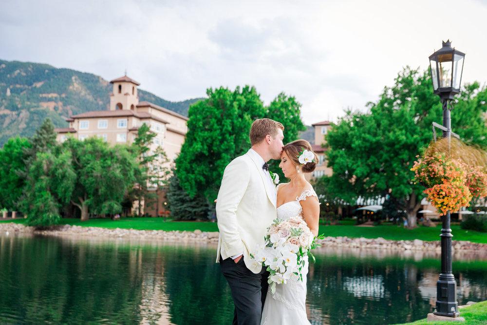 Broadmoor-Wedding-Photography-SS-014.jpg