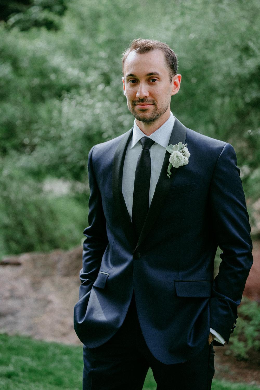 Broadmoor-Wedding-Photography-KC-022.jpg
