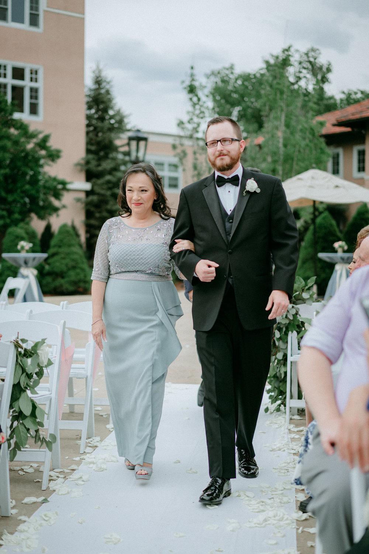 Broadmoor-Wedding-Photography-KC-031.jpg
