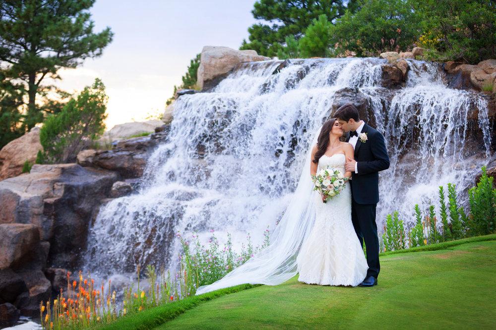 Wedding-at-Sanctuary-Golf-001.jpg