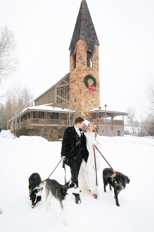 Aspen-Wedding-in-Winter-028.jpg