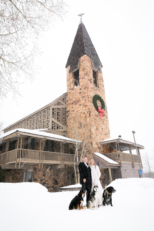 Aspen-Wedding-in-Winter-027.jpg