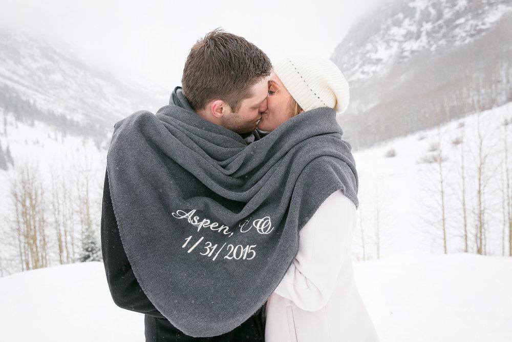 Aspen-Wedding-in-Winter-036.jpg