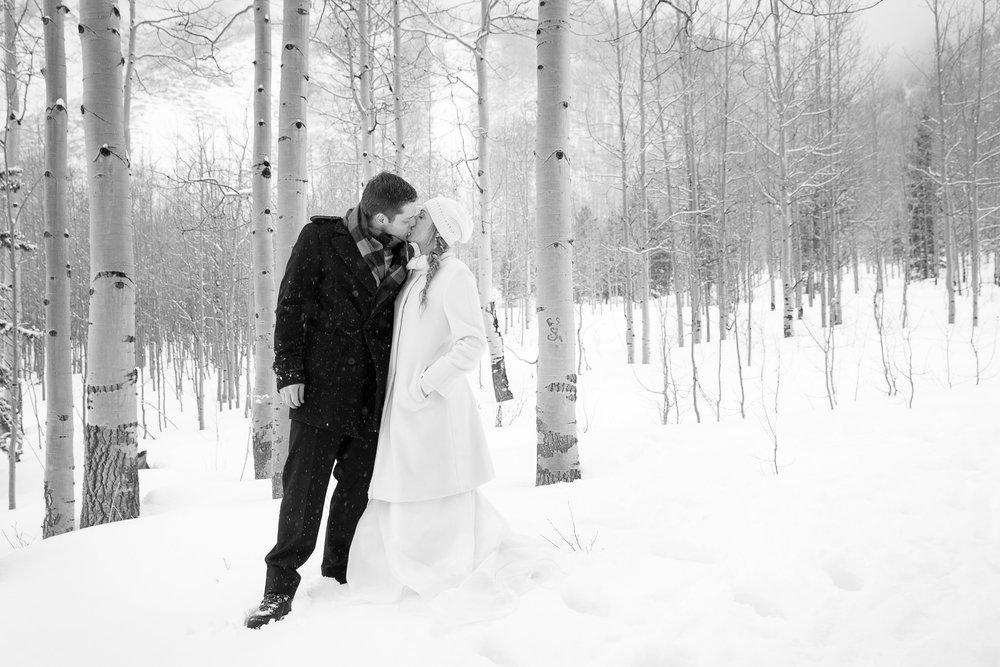 Aspen-Wedding-in-Winter-037.jpg